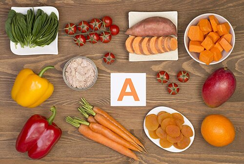 vitamin-a-tot-cho-nguoi-bi-mun