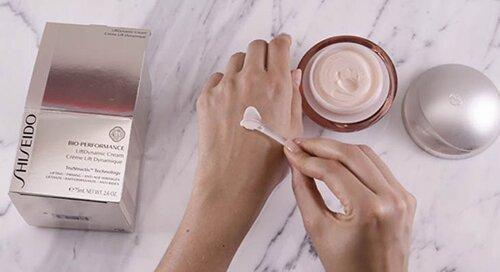 review-danh-gia-kem-chong-lao-hoa-chong-nhan-san-chac-da-shiseido-bio-performance-liftdynamic-cream-review