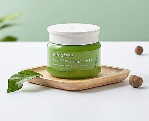 kem-duong-am-cho-da-mun-innisfree-green-tea-balancing-cream-ex