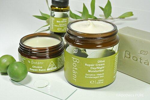 kem-duong-am-cho-da-nhay-cam-botani-olive-repair-cream-day-night-moisturiser