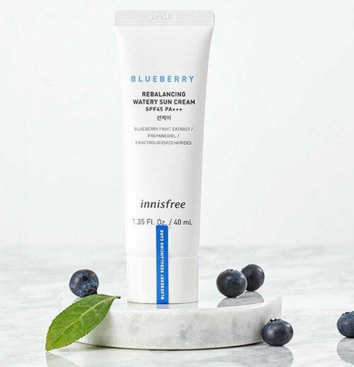 kem-chong-nang-duong-am-viet-quat-innisfree-blueberry-rebalancing-watery-sun-cream-spf45-pa