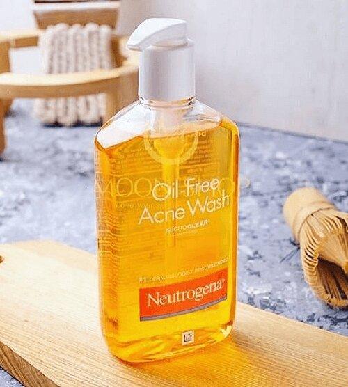 sua-rua-mat-neutrogena-oil-free-acne-wash