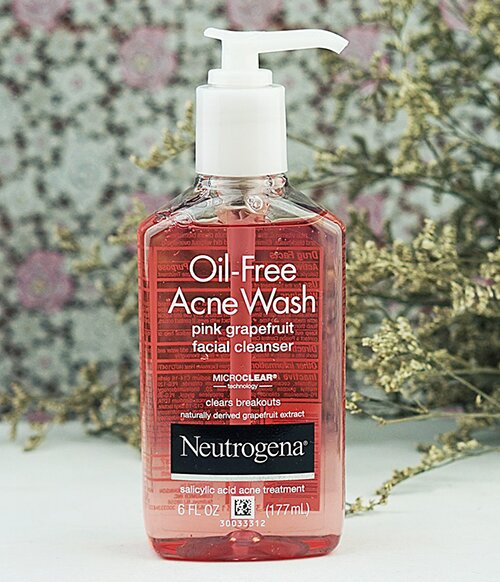 sua-rua-mat-neutrogena-oil-free-acne-wash-pink-grapefruit-facial-cleanser