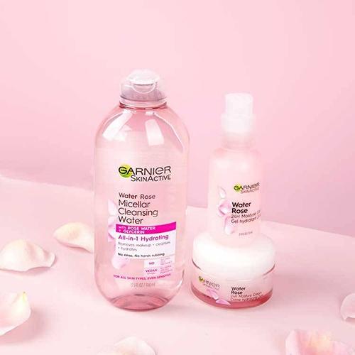 danh-gia-nuoc-tay-trang-garnier-nap-trang-garnier-water-rose-micellar-cleansing-water