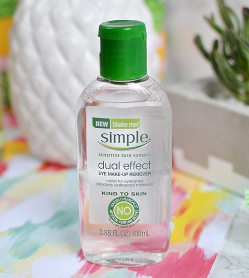 danh-gia-nuoc-tay-trang-simple-kind-to-skin-dual-effect-eye-make-up-remover