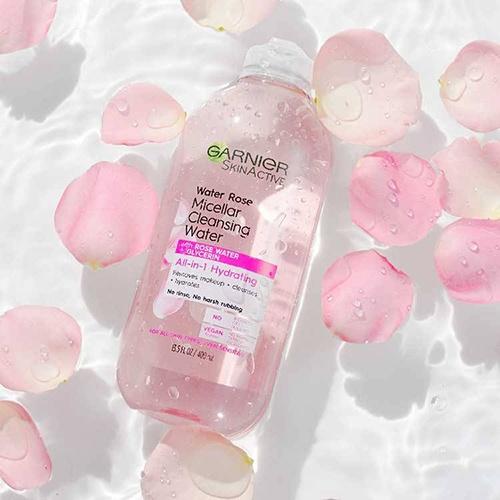 nuoc-tay-trang-garnier-nap-trang-garnier-water-rose-micellar-cleansing-water