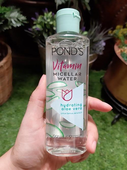 review-nuoc-tay-trang-ponds-vitamin-micellar-water-hydrating-aloe-vera