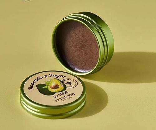 tay-da-chet-moi-skinfood-avocado-sugar-lip-scrub