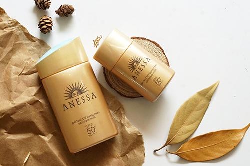 kem-chong-nang-anessa-perfect-uv-sunscreen-skincare-milk-spf-50-pa